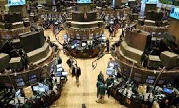 Wall Street cerró en baja y terminó la peor semana desde junio