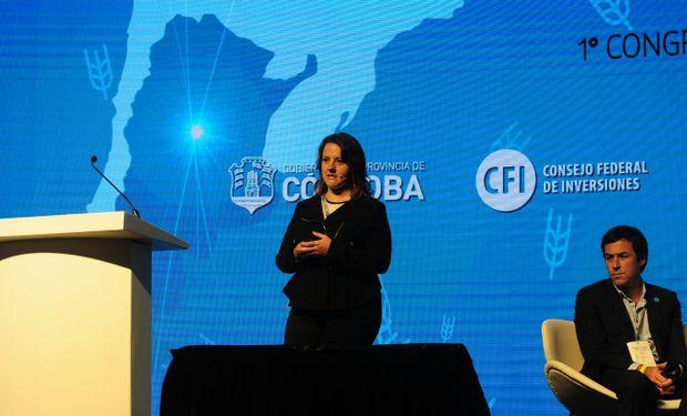 Cómo queda la hoja de balance del trigo en la nueva campaña. Emilce Terré en Trigar 2019. Foto: Bolsa de Comercio de Rosario.