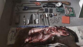 Encontraron medio novillo abajo de la cama de un puestero investigado por abigeato