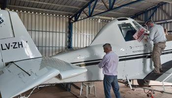 Córdoba: clausuran un avión pulverizador por no estar registrado y trabajar sin receta fitosanitaria