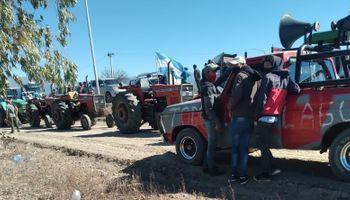 Tractorazo de productores y corte de ruta por la crisis hídrica
