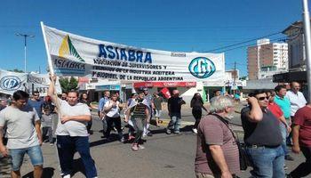 Se agrava el conflicto en los puertos del Gran Rosario