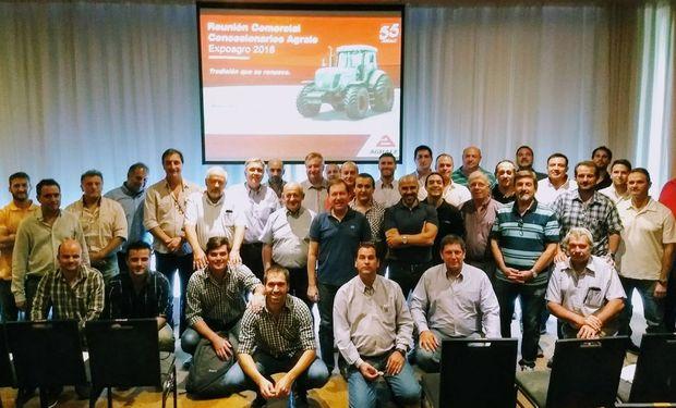 Concesionarios Agrale de todo el país se reunieron en Rosario.