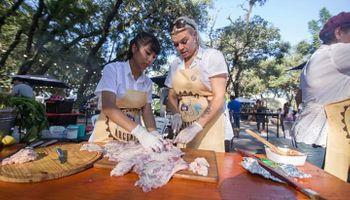 Un aplauso para las asadoras: las mujeres que copan las parrillas argentinas