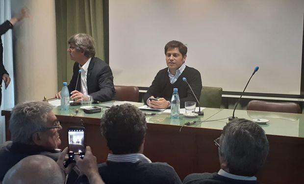 Kicillof en el encuentro con Carbap.