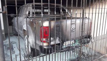 Con una molotov le incendiaron la camioneta a un dirigente rural: la respuesta de las entidades