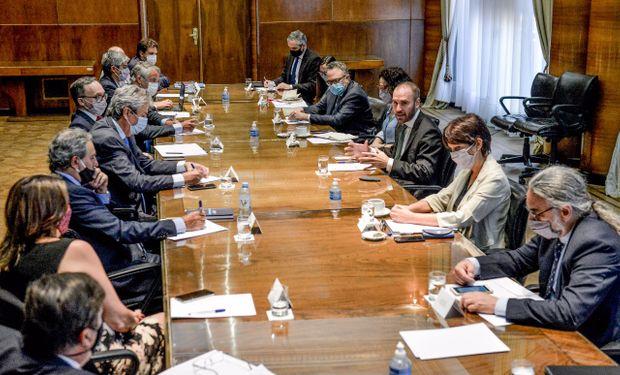 El Gobierno y el Consejo Agroindustrial avanzarán en la simplificación de trámites y la ley deberá esperar