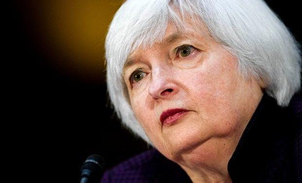 El organismo dirigido por Janet Yellen redujo netamente el miércoles sus previsiones de crecimiento e inflación para 2015 y 2016.