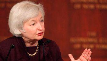 """Yellen avisa: """"Las tasas pueden subir este año"""""""