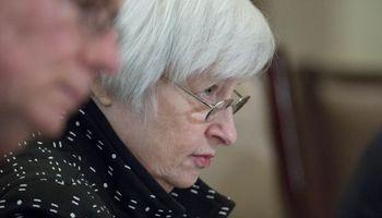 Yellen refuerza la expectativa del alza de tipos en Estados Unidos