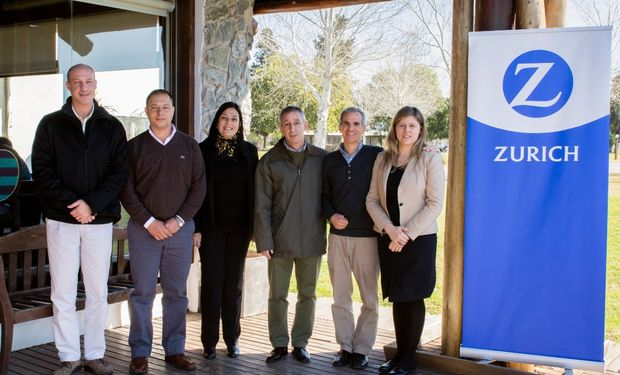 Santiago Hays, Juan Manuel Alustiza,  Alejandra Rauzzino, Diego Weiger, Adrian Ghiringhelli. Fuente: Alurralde Jasper+Asoc.